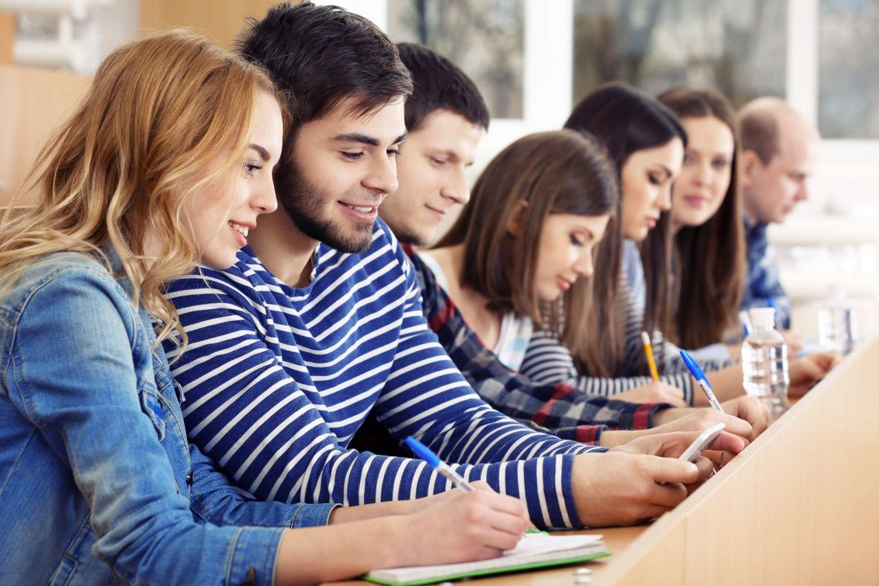 Studenti na univerzitě ve Švédsku